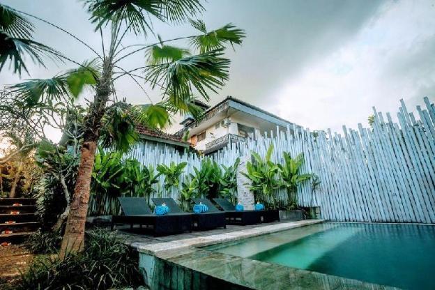 1BR Luxury Room - with Pool+Breakfast