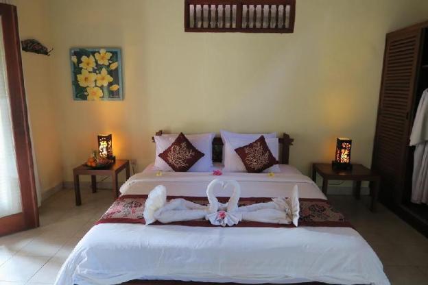 4 BR Villas with pool & garden views-Breakfast J