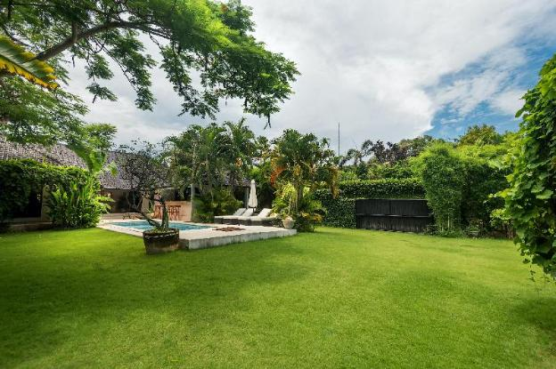 LARGE GROUPS, 10 BDR, NR BEACH, GREAT INCLUSIONS
