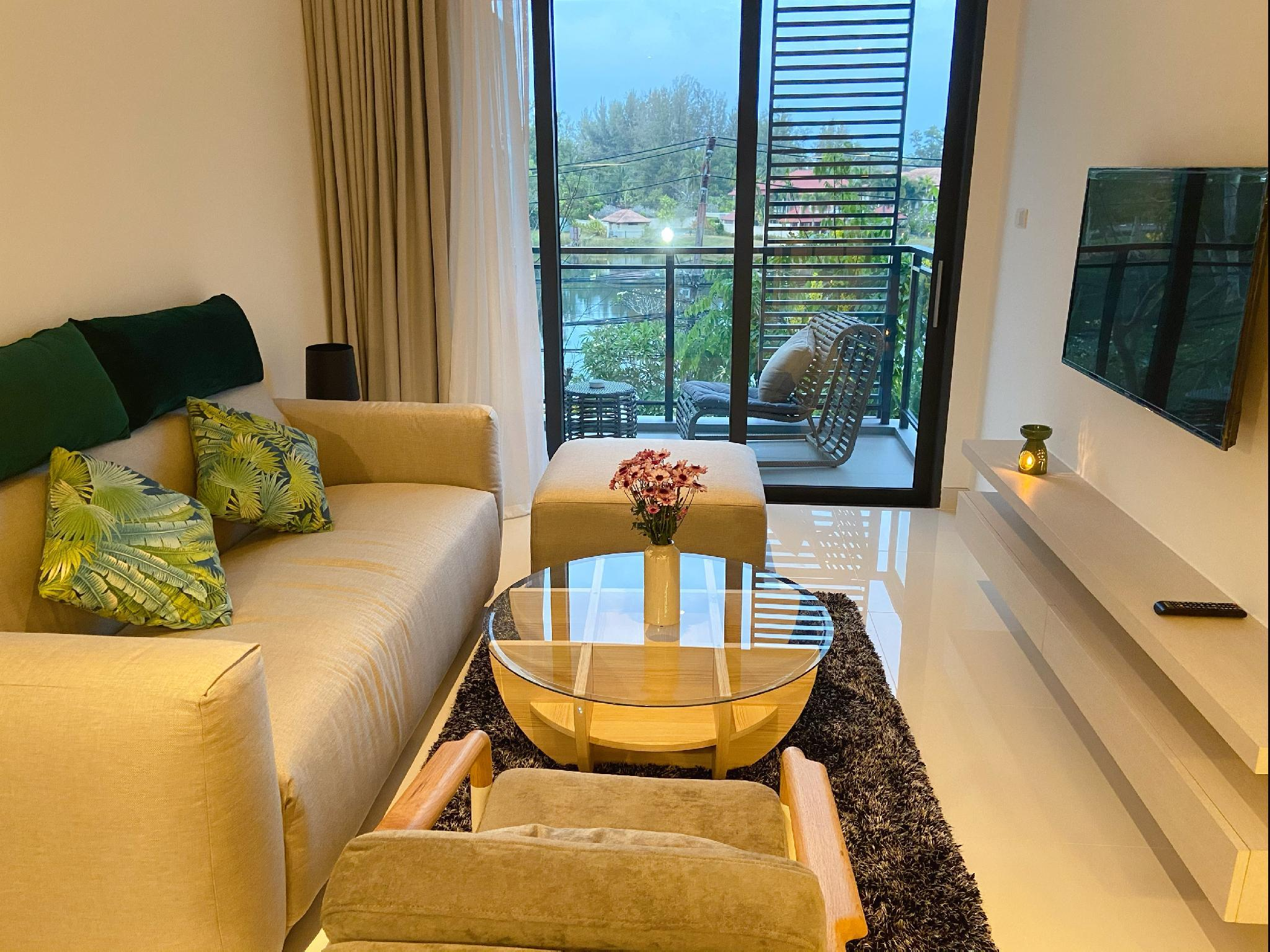 2 bedrooms apt in Cassia Residences