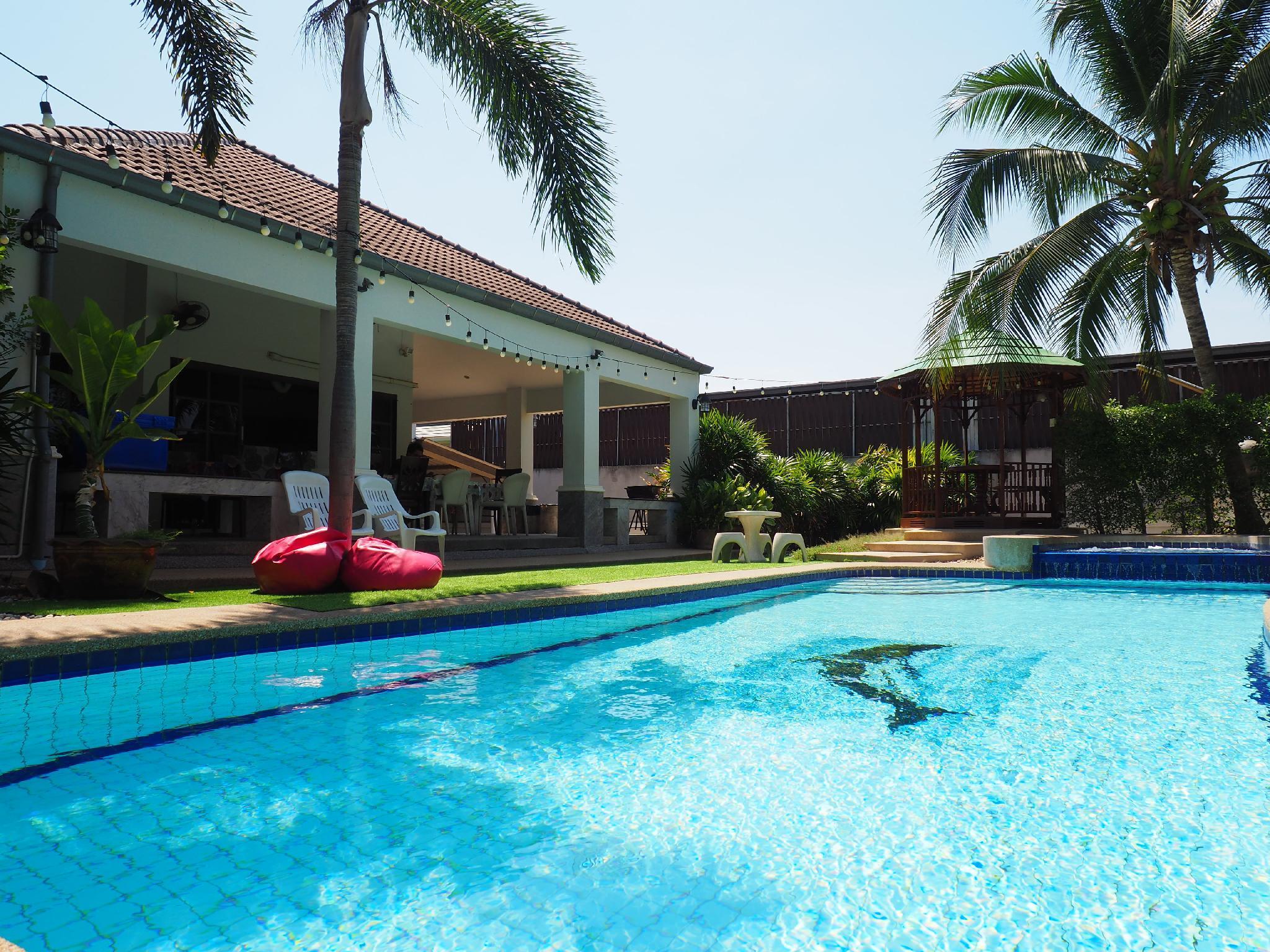 Sunset Party Pool Villa Hua Hin