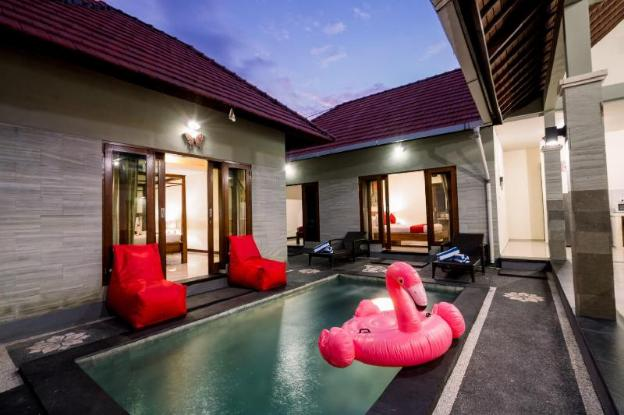 3 Bedroom Private Pool Legian Near Beach Dewi Sri