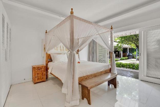 Villa Cabe Putih