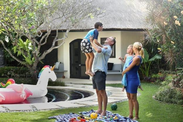 9BR Villa with Private Pool - Breakfast