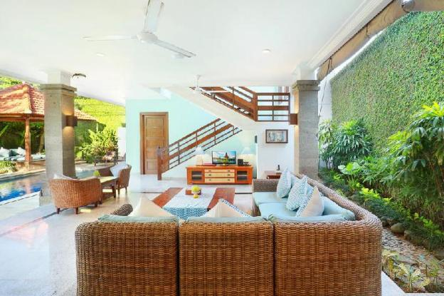 2BR Private Pool Villa & Bathtub @Seminyak Mall