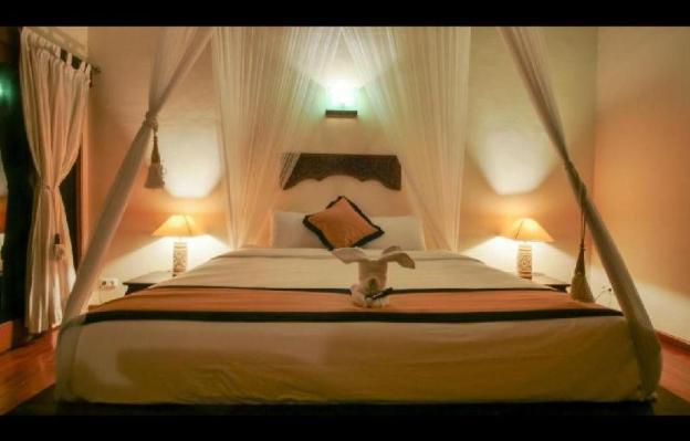 4BR Comfortable & Luxurious Villas in Seminyak