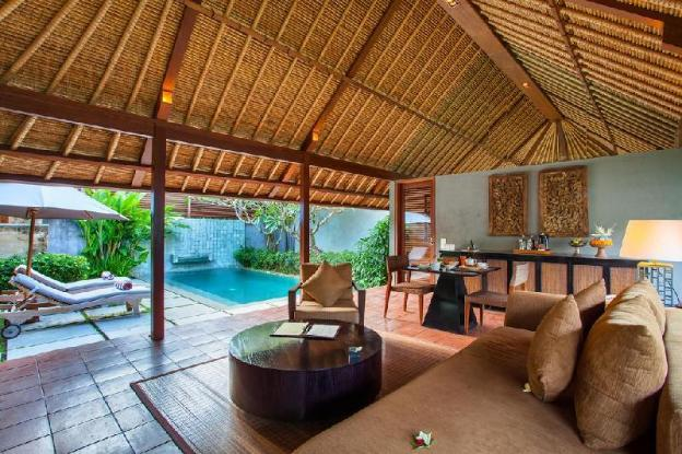 4 BR Pool Villa-Garden View-Breakfast