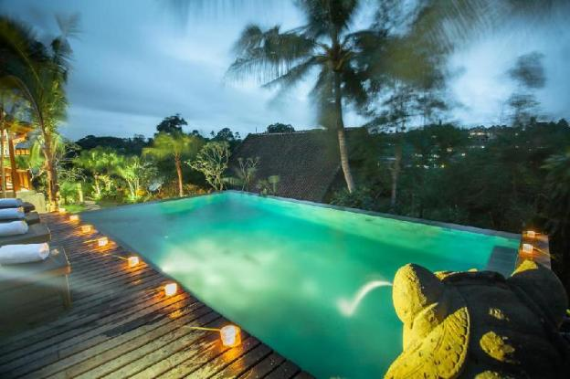 Four Bedroom Villa with Private Pool- Breakfast