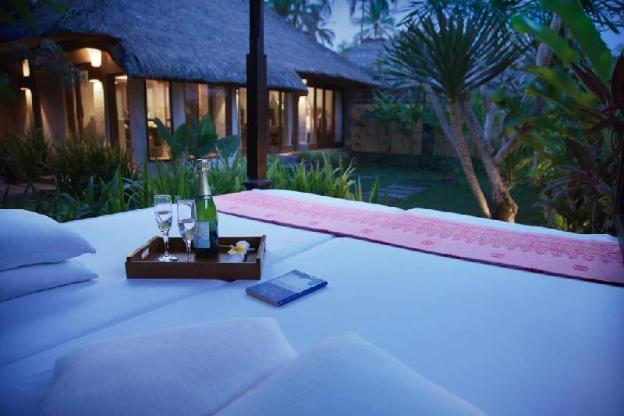 Garden Villa - Breakfast  Kamandalu at Ubud