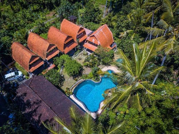 6 bedroom Private Pool Villa Blinise style