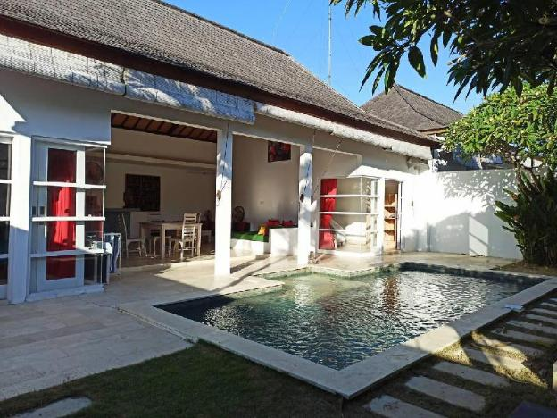 Airy and Spacious Escape in Jimbaran