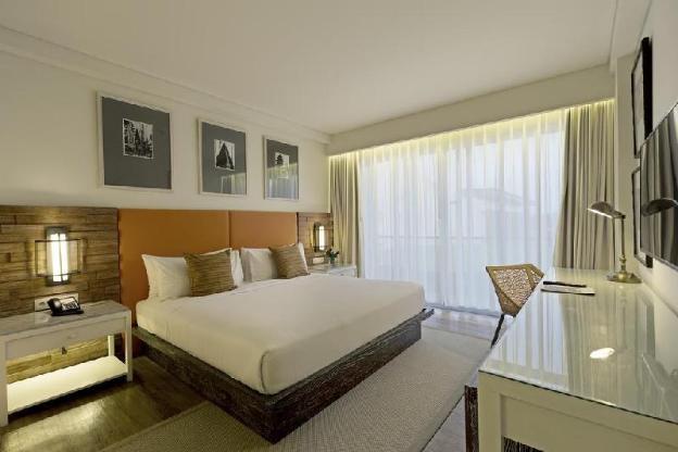One Bedroom Deluxe Room - Breakfast