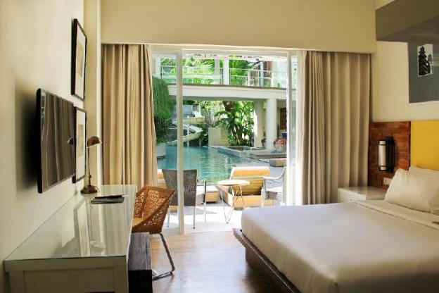 One Bedroom Deluxe Pool/Garden Access - Breakfast
