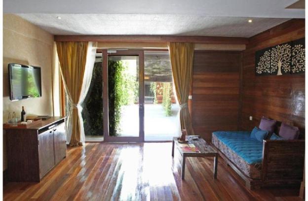 Duplex Villa which a Step to the Beach