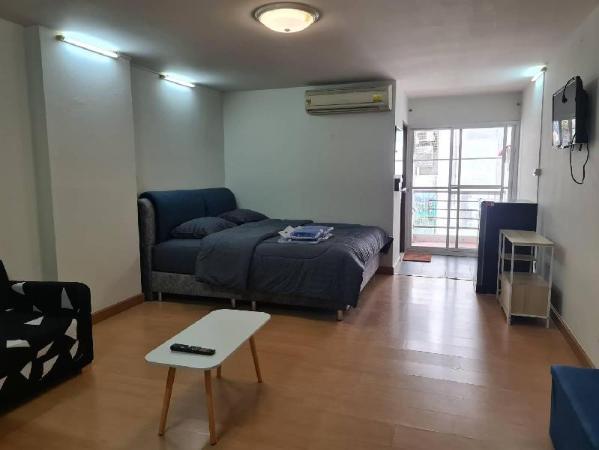 58 condominium Bangkok