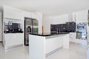 [ダンマイ]ヴィラ(520m2)| 4ベッドルーム/4バスルーム Koh Chang Wave Villa | 4 Bed Seafront Pool Villa