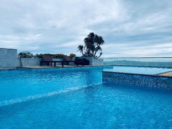 Beach 20-meter villa with 4 floors 4 bedrooms 78# Pattaya