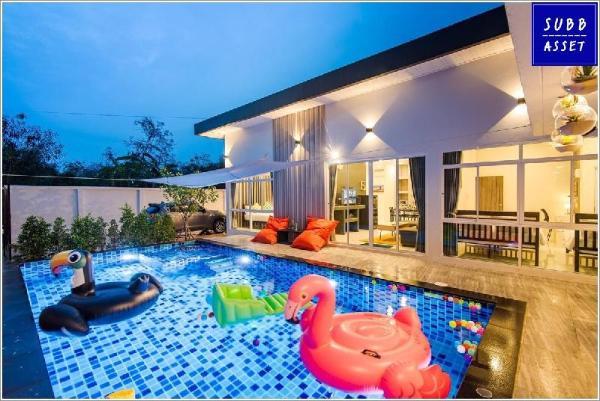 Modern Style PoolVilla for 20 Persons   Huahin Hua Hin