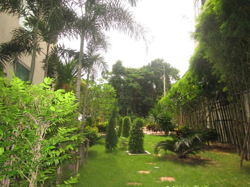 City Garden Tropicana Reviews
