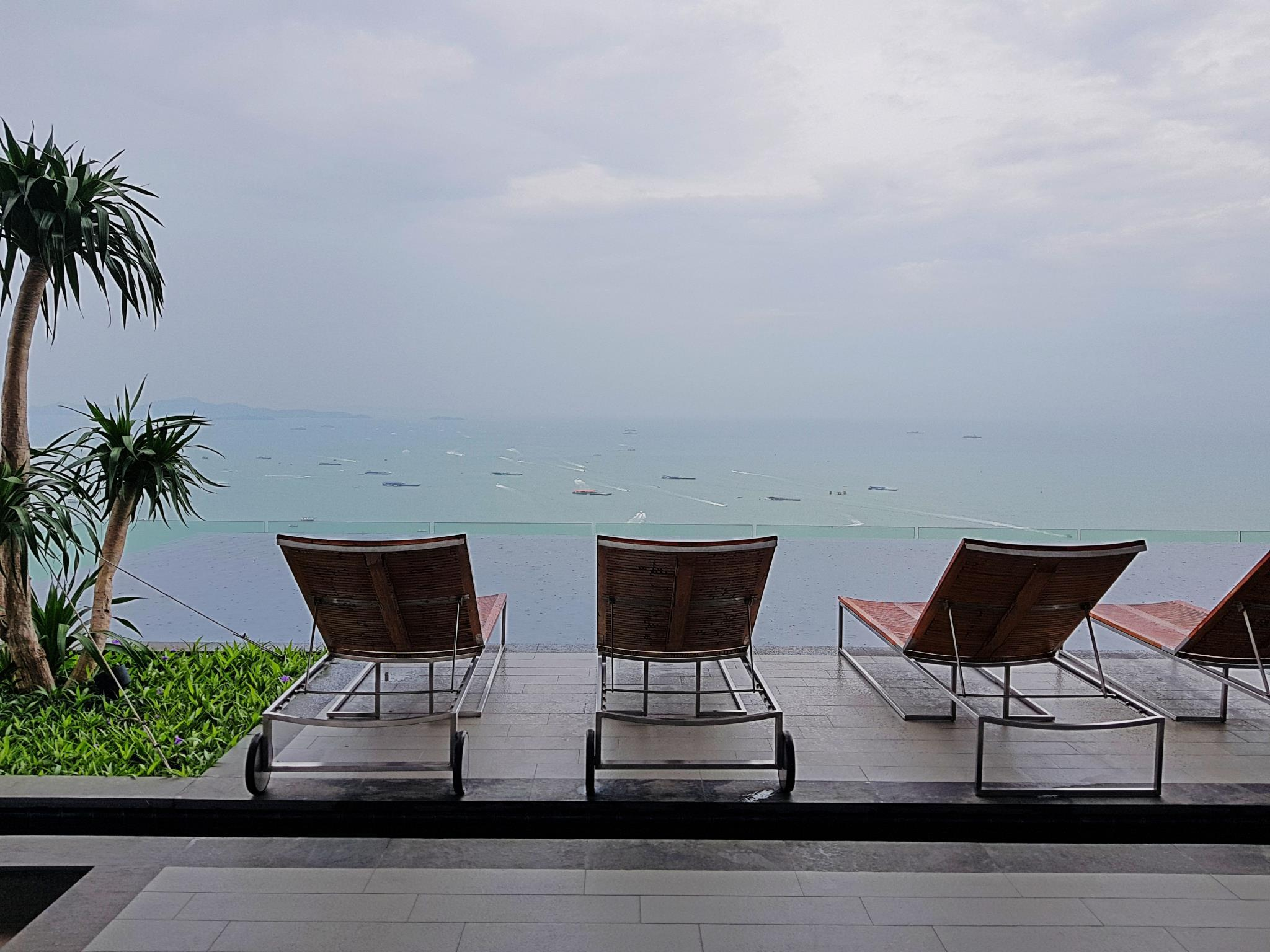 Review 1BR Centric Sea  By Pattaya Holiday