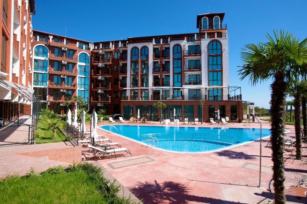 Luxurious Penthouse With Beautiful Sea Views
