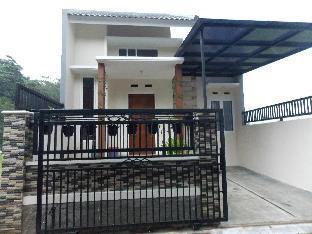 Homestay Elysian Malang