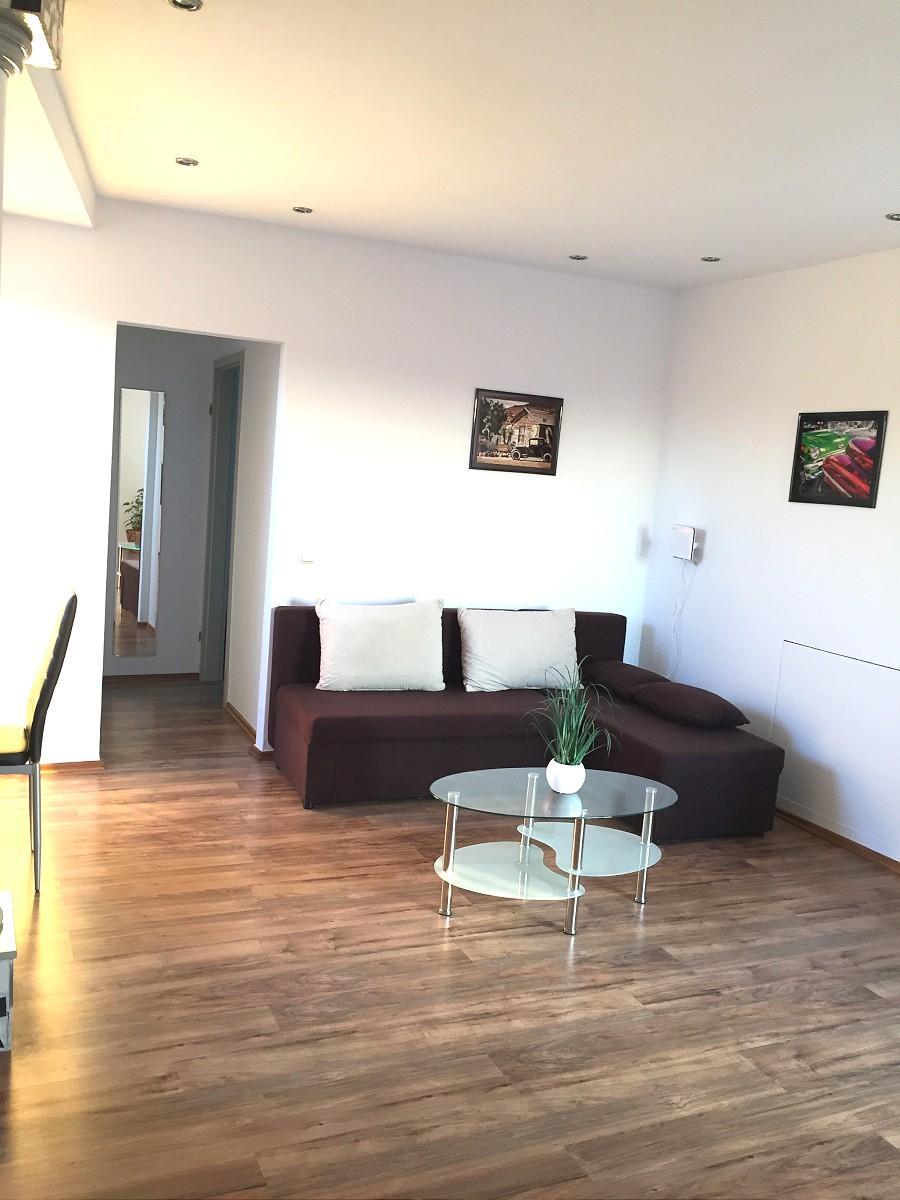 T16 Apartment In Troisdorf