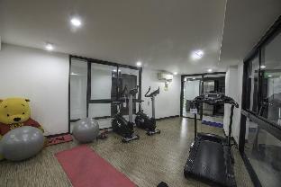 Bangkok Duplex Condo Near BTS with Hi-Speed WiFi