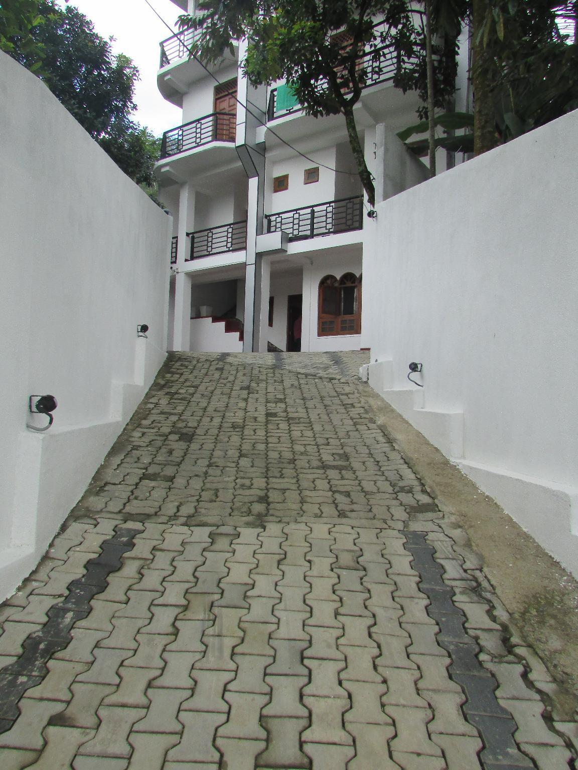 Ramboda Holiday Inn