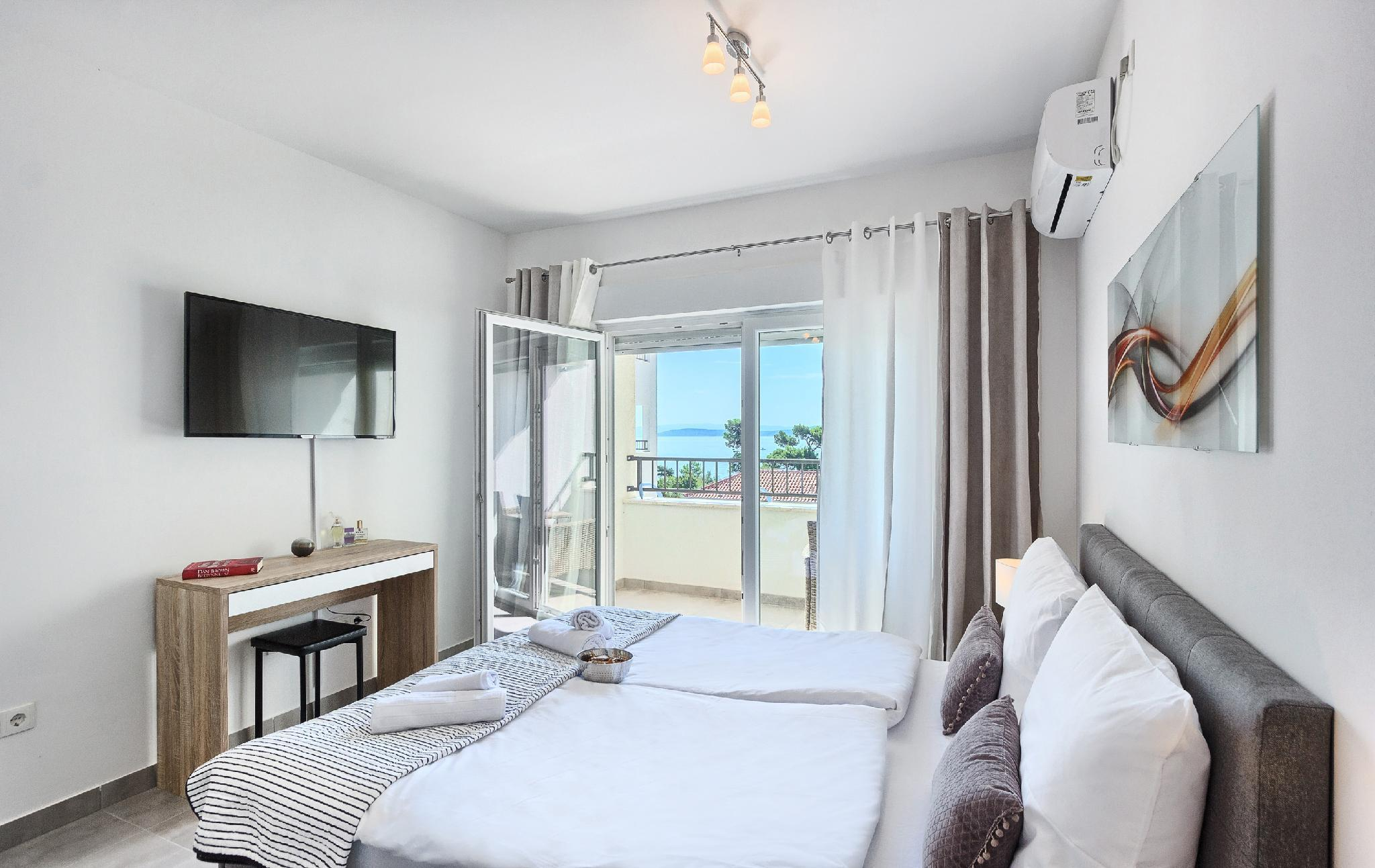 Beach Apartment With Lovely Ocean View