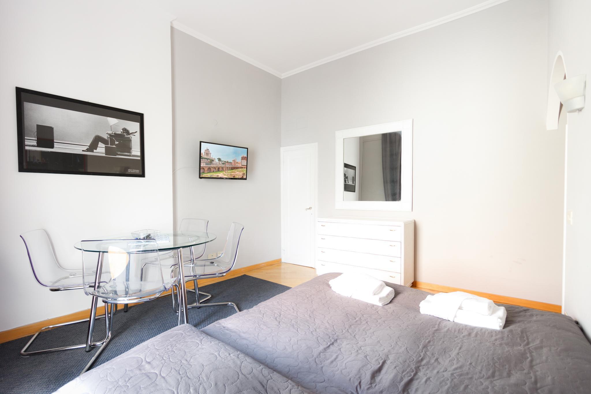 Monti Bright Apartment S&AR