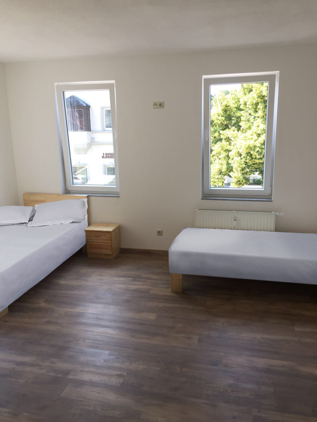 Nice&clean Double Bed Room  5minnear Train Station