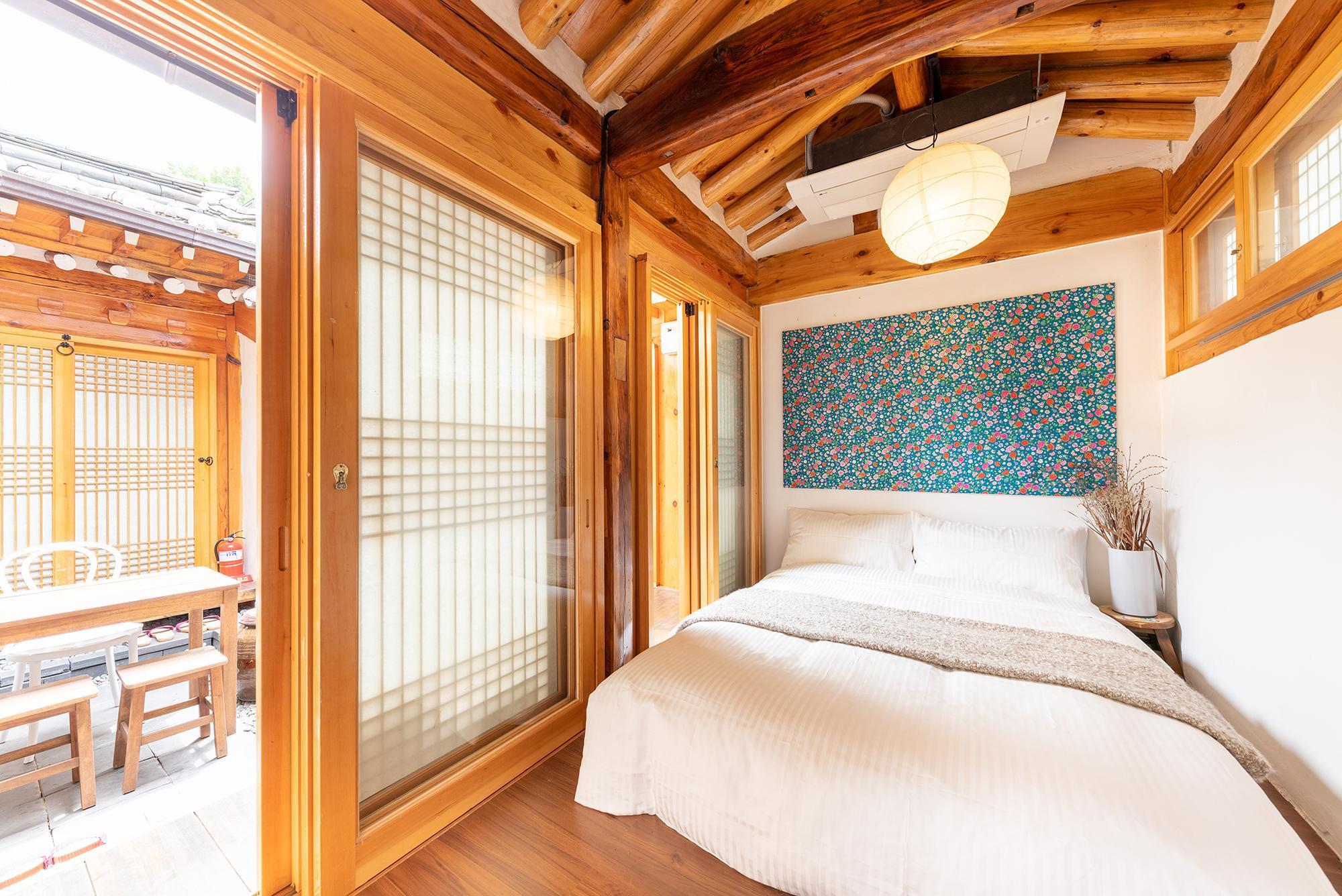 OPEN  REAL Luxury Korean HANOK 4Bath+4Bedroom