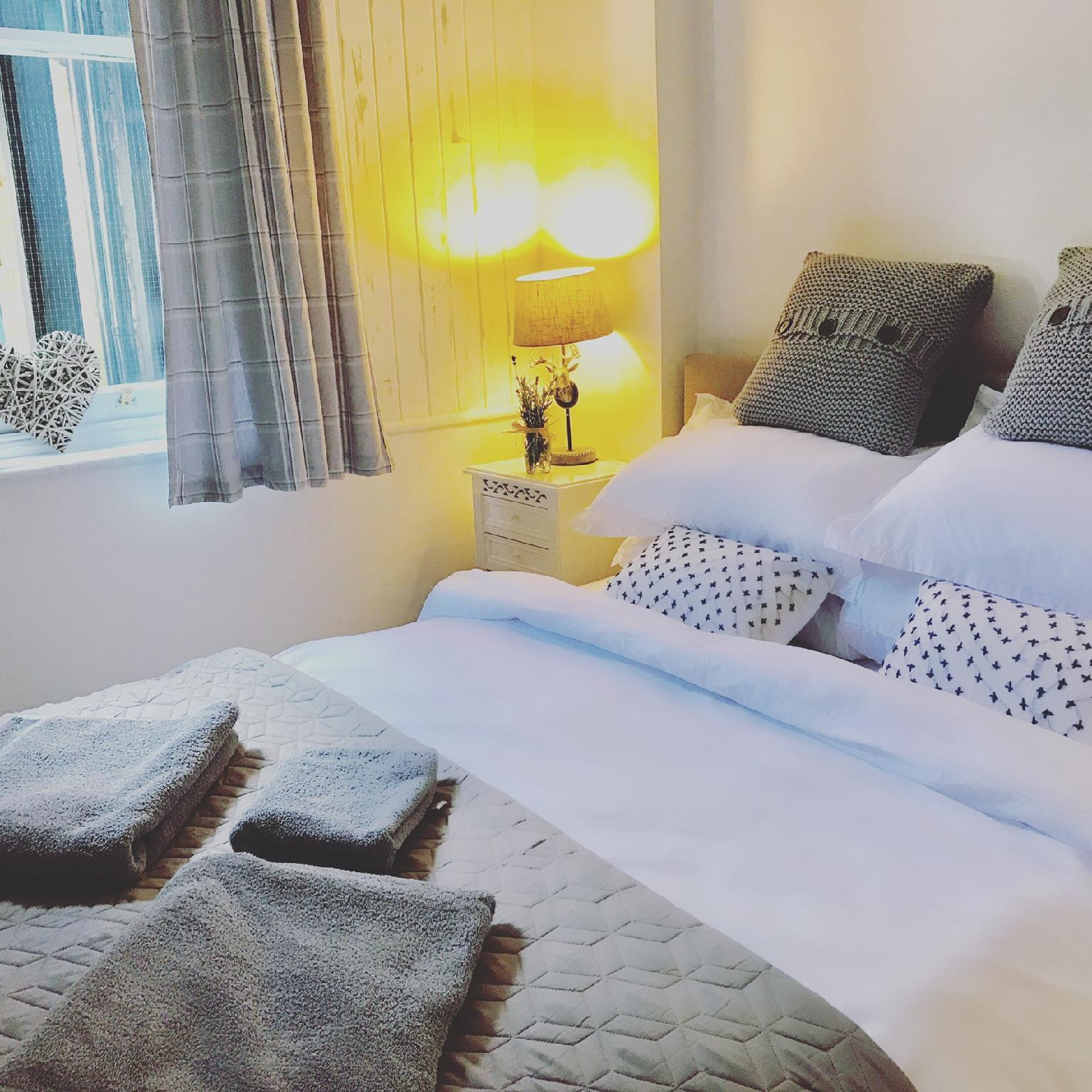 Price 5 star award winning cosy retreat with 2 bedrooms