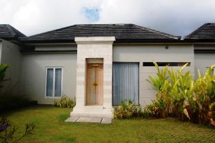 Private Two Bedroom House with Rice field View