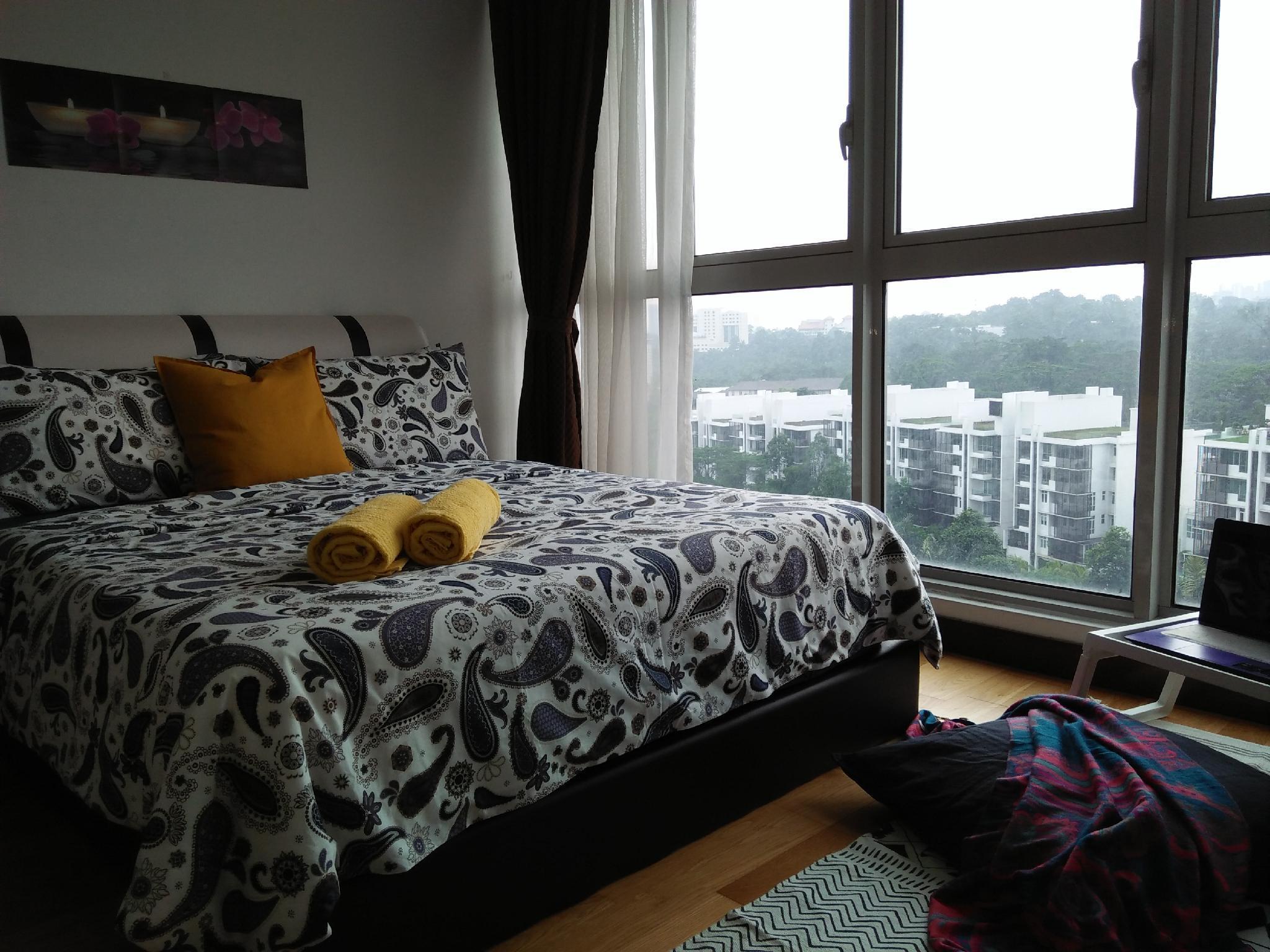 Cozy 2Bedroom Suite Wt Infinity Pool @ Regalia KL