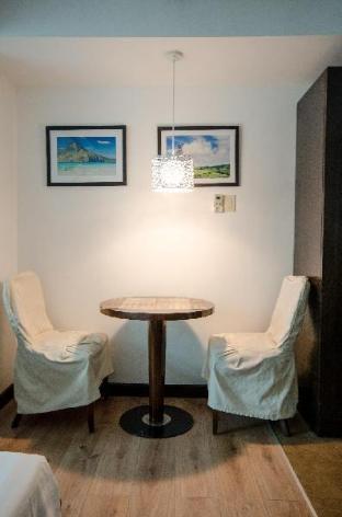 picture 4 of Central Ortigas renovated studio @ Lancaster Hotel