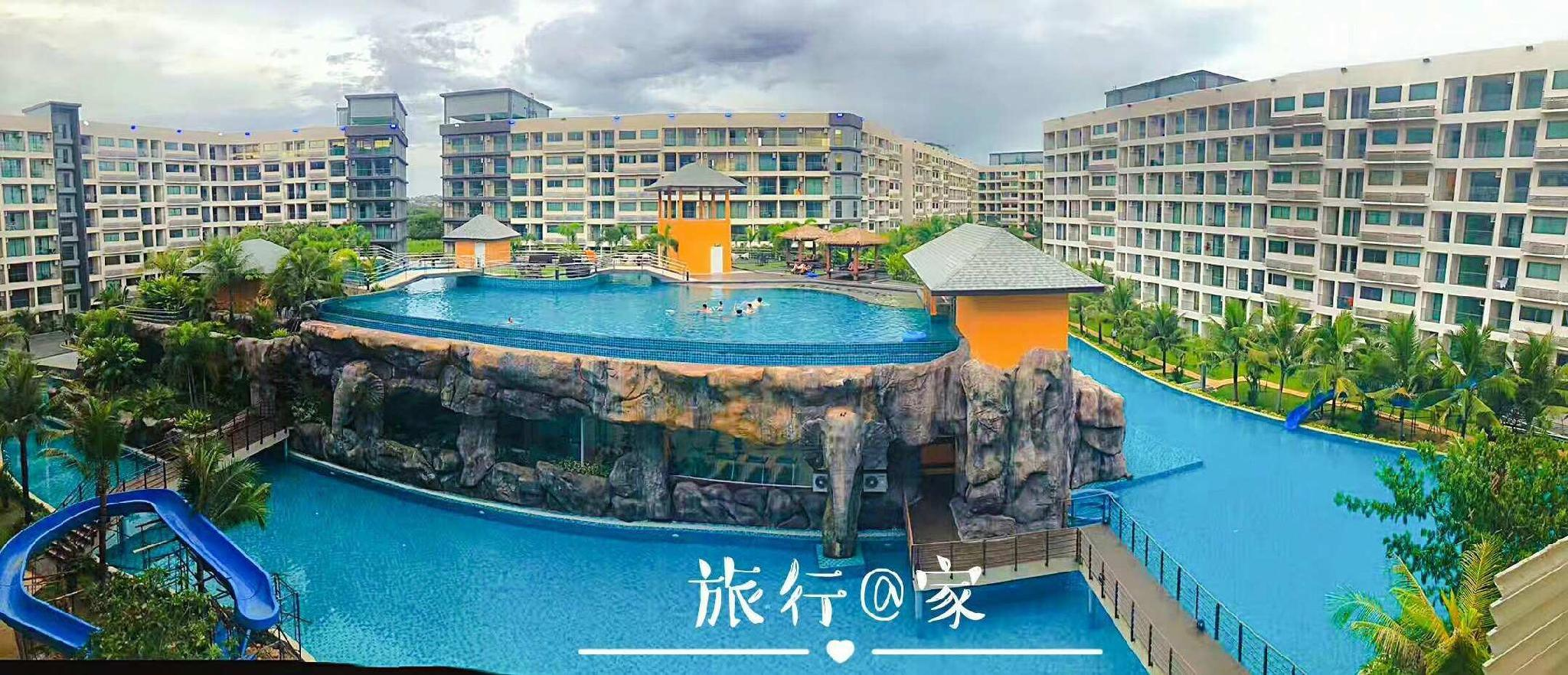 Oversize poolrelaxing vacation permanent residence Oversize poolrelaxing vacation permanent residence