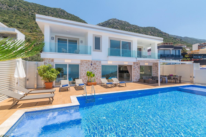 Villa La Mer Kalkan 4 Bedroom Luxury