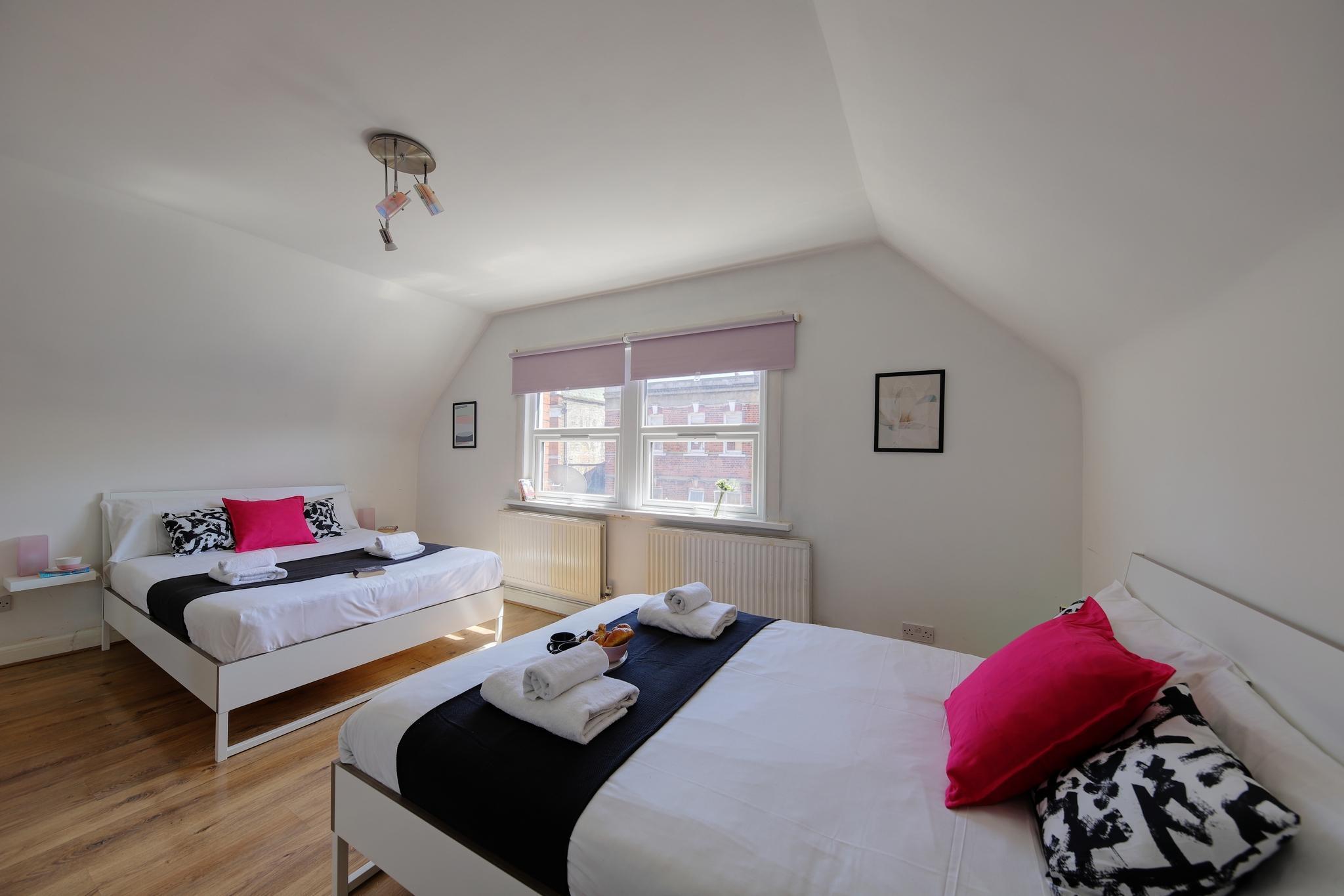 1 Bedroom Apt In London 30.1B