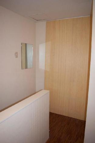 picture 2 of Affordable Townhouse @Deca clark 10mins to airport