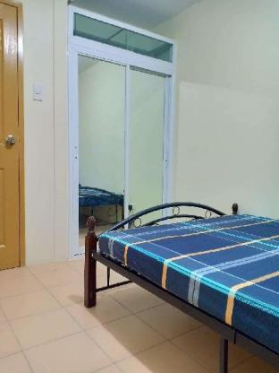 picture 2 of 2 BR fully furnished with Wifi rooms aircon.