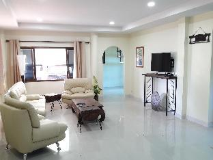 %name Family home 4double bedroom with pool+Free pick up เชียงใหม่