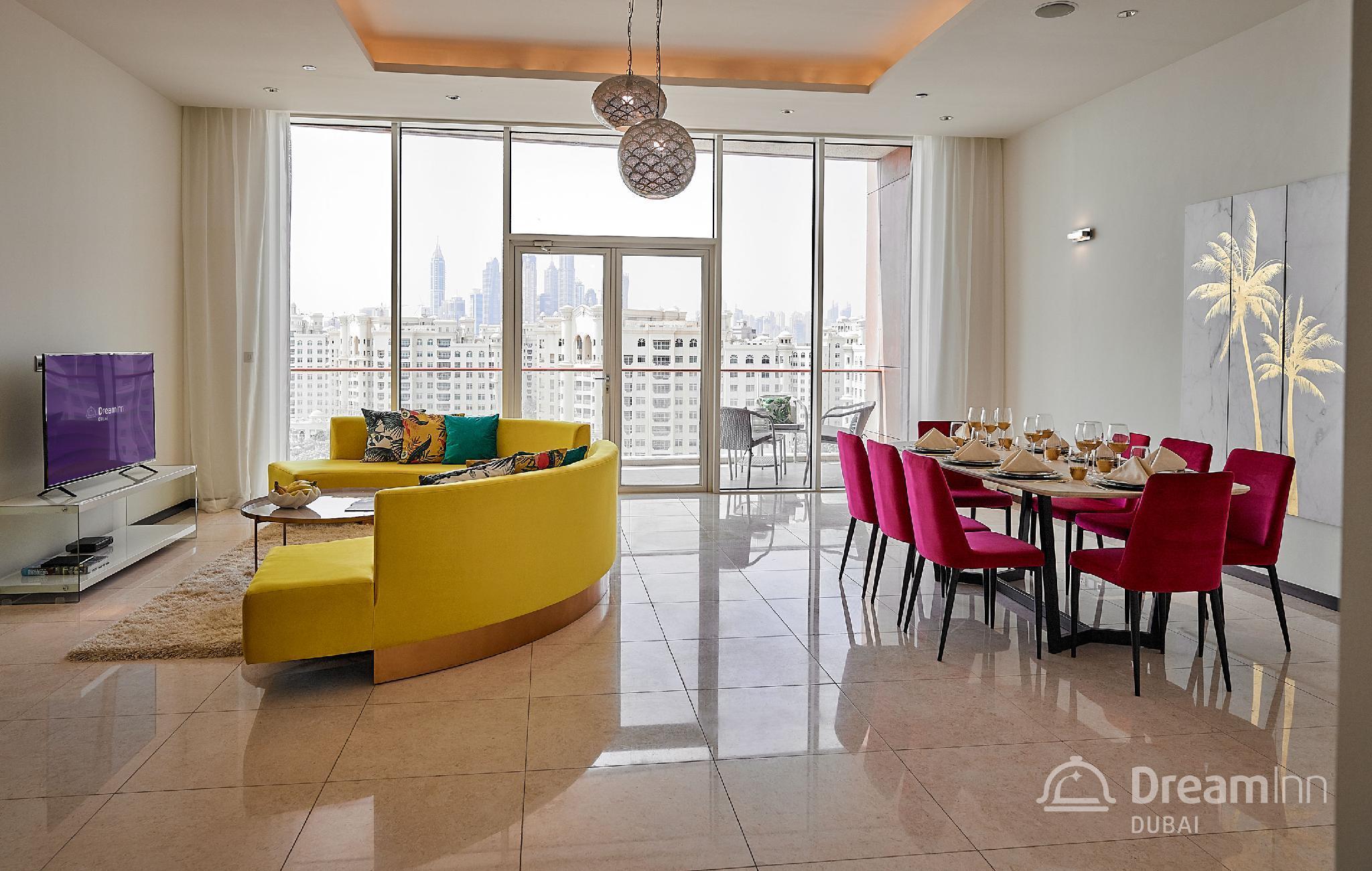 Dream Inn   Tiara Residence 3BR Apartment Sea View