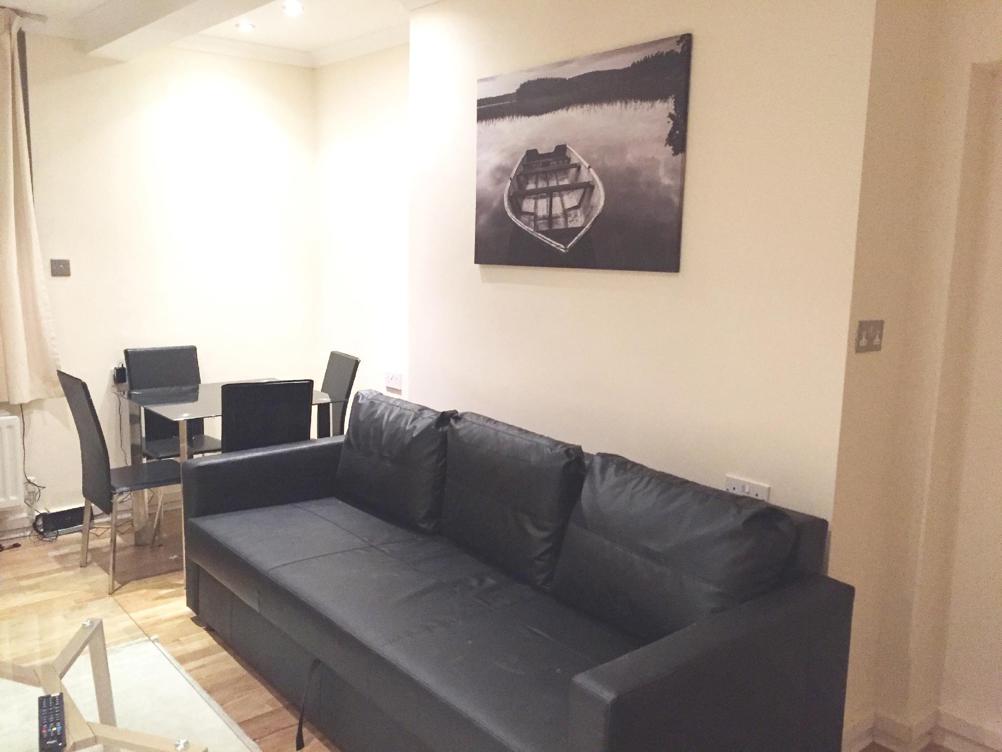 1 Bed Apartment FARRINGDON -SK  Discount
