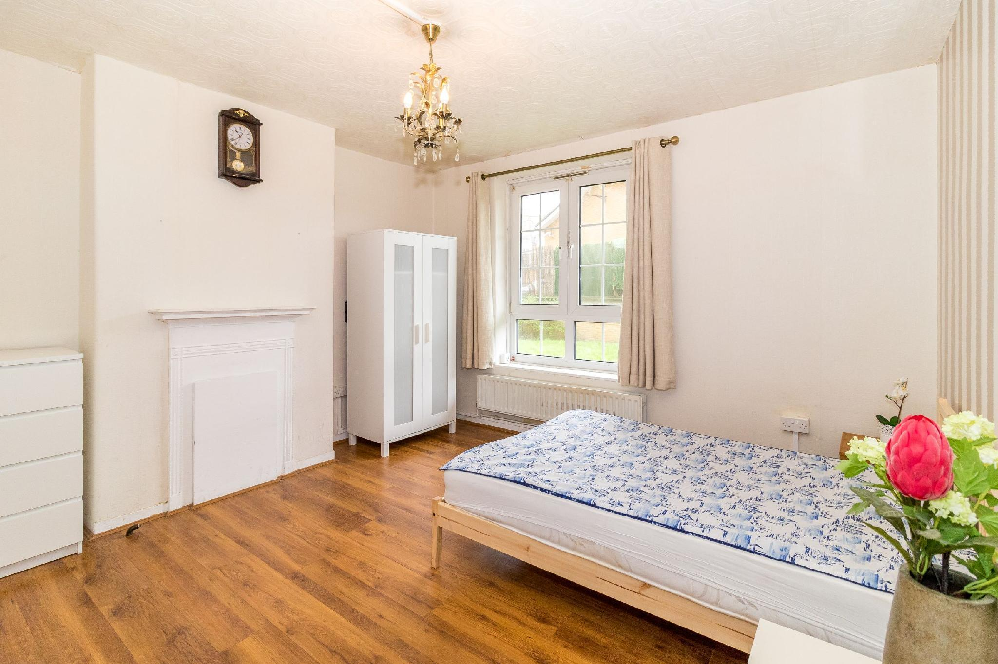 5 Bedroom Apartment In Central London