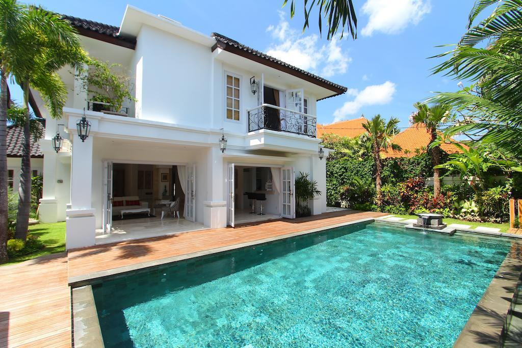 3BDR Cozy Villas In Seminyak Close To Beach