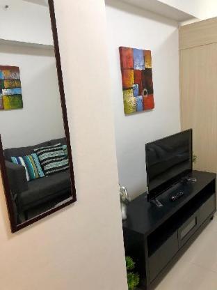 picture 2 of Makati new condo
