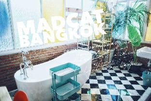 %name MADCAT BANGKOK/Attic Five person Family Suite/ กรุงเทพ