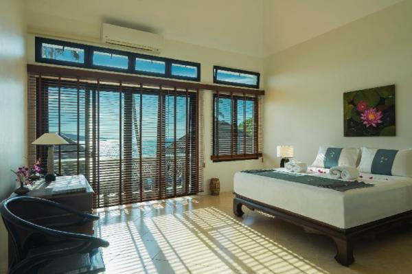 Luxury Beachfront Haileng Villa Phuket